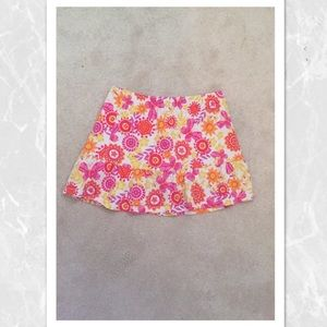 Stretchy flower patterned skirt!
